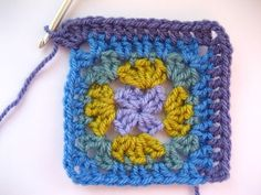 It's not easy coming up with a new granny square design as pretty much every variation probably already exists somewhere in the world. But it hasn't stopped me having a jolly good play around with my own ideas and this. How To Purl Knit, Knit Purl, Crochet Patterns, Blanket Patterns, Crochet Necklace, Quilts, Knitting, Tattoos, How To Make