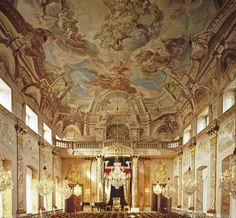 Our final post about the palaces of takes us back to Schloss Ludwigsburg 🏛️ Hope you enjoy this week exploring Baden-Württemberg and its wonderful palaces 👑 . Inside Castles, Palace Interior, Germany Castles, Throne Room, Antique Interior, Old Buildings, Neoclassical, Beautiful Interiors, Fresco