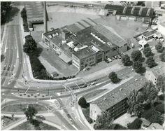 De melkfabriek Amersfortia op de hoek van de Schel...