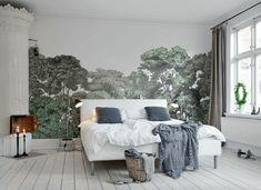 Рисунок леса на стене спальни