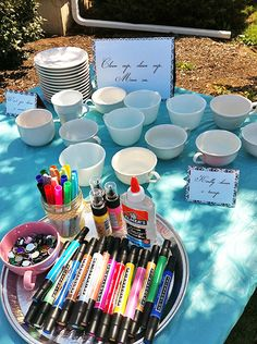Royal court alice in the alice in wonderland party, part activities em. Alice Tea Party, Girls Tea Party, Tea Party Theme, Tea Party Crafts, Mad Tea Parties, Tea Party Games, Diy Party, Tea Party Activities, Tea Party Favors