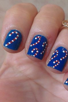 28 Easy Festive Nails Designs to Try at Home