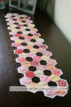 Very pretty Hexie table runner