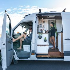 Van Conversion Interior, Camper Van Conversion Diy, Van Interior, Bus Life, Camper Life, Motorhome, Tiny House Big Living, Van Storage, Sprinter Van Conversion