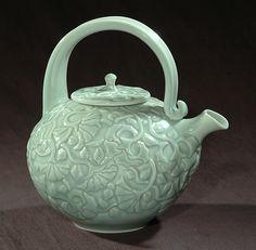 Jerry & Jenni Davis Green Celadon Teapot