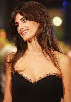 Penelope Cruz. I simply love her hair!