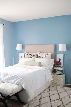 O atrévete y pinta todas tus paredes de tu color favorito. | 23 Maneras de decorar tu cuarto si amas el color azul