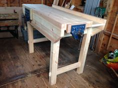 Workbench Vice, Small Workbench, Wood Top Workbench, Building A Workbench, Portable Workbench, Workbench Plans, Woodworking Workbench, Woodworking Lessons, Learn Woodworking