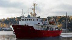 """""""Europa no se convertirá en África"""": un barco de la ultraderecha llega al Mediterráneo"""
