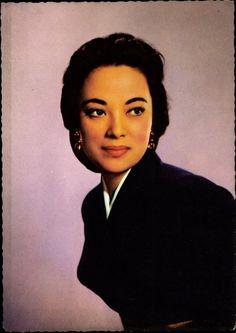 Yoshiko Yamaguchi(aka Shirley Yamaguchi)