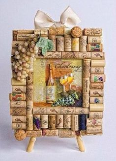 """20 Creative Ideas for Interior Decorating with Wine Bottle Corks - want to create this """"theme"""" in the breakfast/bar area Wine Craft, Wine Cork Crafts, Wine Bottle Crafts, Wine Cork Projects, Craft Projects, Cute Crafts, Diy Crafts, Beach Crafts, Garden Crafts"""