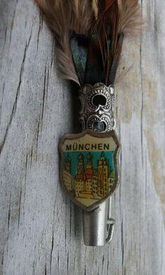Vintage Munchen Munich Bavarian Hat Pin.