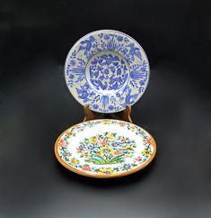 Vintage Plates, White Plates, Paint Designs, Trinket Boxes, Fine Dining, Bold Colors, Cool Toys, Tea Pots, Floral Design