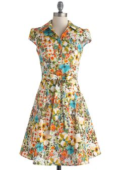 Soda Fountain Dress in Floral. This 1950s-inspired dress is perfect for an after-school date at the ice cream parlor! #multi #modcloth