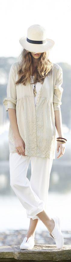 Soft, soft summer style ... {Hammock & Vine}