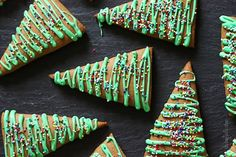 All the taste with half the butter, these gingerbread Christmas cookies taste just like your mama made them! Gingerbread Christmas Tree, Christmas Tree Food, Christmas Tree Cookies, Christmas Cooking, Christmas Goodies, Holiday Cookies, Christmas Treats, Holiday Treats, Gingerbread Cookies