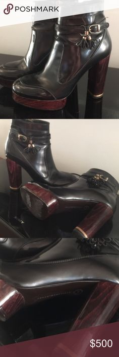 Don't miss it!!!! Precious Stella McCartney boots Like a new amazing Stella McCartney Shoes Ankle Boots & Booties