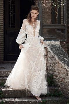 Be the ultimate boho babe witht his stunning #christoscostarellos dress! | Christos Costarellos Spring 2018 Collection | WedLuxe Magazine | #WedLuxe #Wedding #luxury #weddinginspiration #luxurywedding #weddingdress #laceweddingdress #bohemianbride