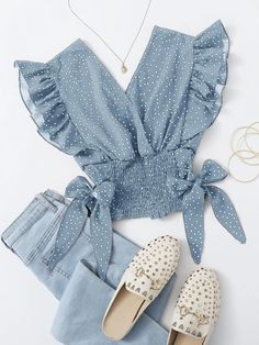 Girls Fashion Clothes, Teen Fashion Outfits, Look Fashion, Korean Fashion, Girl Fashion, Fashion Dresses, Fashion Styles, Cute Casual Outfits, Pretty Outfits