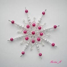 Vánoční hvězda bílorůžová