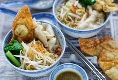 Indonesian Medan Food: Mie Pansit Halus (Angels Hair Pasta)
