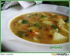 Kedlubnová polévka s mrkví a novými bramborami Cheeseburger Chowder, Thai Red Curry, Food And Drink, Favorite Recipes, Treats, Cooking, Ethnic Recipes, Soups, Europe