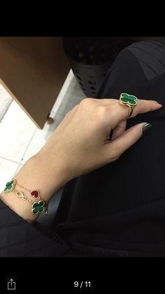 Beauty Tips For Skin, Beauty Hacks, Van Cleef Alhambra, Other Accessories, Women Accessories, Van Cleef Arpels, Jewelry Branding, Malachite, Bracelet Watch