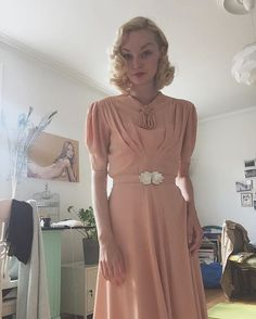 WEBSTA @ idacath - Going to a flee market today . Blush 1930s crepe dress, belt was broken so I replaced it with 1910s mother of pearl clasp  #1940s #1930s #vintage #truevintageootd