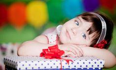 Лучшие подарки для девочек на 8 марта Современные папы и дедушки начинают с приближением весны задумываться о подарках не только для своих вторых половин, но и для дочерей и внучек. Ибо горе тому папе, который забудет или не поздравит свою дочку в этот день, не подарит ей хотя бы символического подарка  А какой подарок приготовили вы?  #8марта #праздники #девочки #подарки #дети http://www.abtoys.ru/Go/ViewArticle/id=162