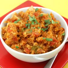 Spanish rice, Mexican rice, whatever you call it, I call it delicious! This Spanish rice is the perfect side dish forSalsa Chicken,Chicken Fajitas,Chipotle Bean Burritos or your favorite Mexican... rice dish, sweet pea, mexican, food, true recip, sidedish, side dish, spanish rice, pea kitchen