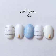 「 #春ネイル#白ネイル#ボーダーネイル#デニムネイル#スタッズ#手描き#ハンドメイド#マットコート#gelnails#nailart#naildesign#nails#nailstagram#instafashion# 」
