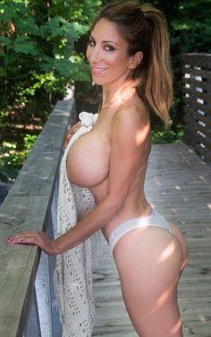 Elle matthews the perfect boobs