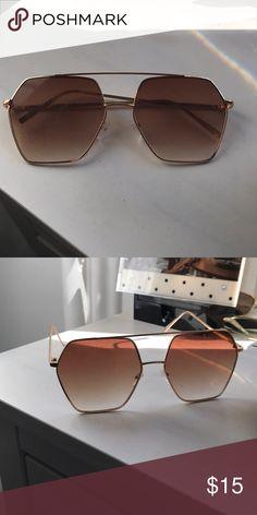 Retro sunglasses Hexagonal retro gold sunglasses with bar Accessories Sunglasses