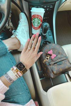 Apple Watch Fashion, Hermes Bracelet, Accessoires Iphone, Accesorios Casual, Cute Cars, Luxury Jewelry, Dior Jewelry, Apple Watch Bands, Cute Jewelry