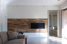 panneau-mural-bois-3d-wheels-écran-tv-canapé-beige panneau mural