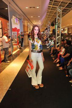 Look: Espaço Fashion Sapatos: Santa Lolla Modelo: Daiara