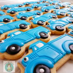 """305 Likes, 6 Comments - Adrianne - Color Me Cookie (@colormecookie) on Instagram: """"Little blue trucks. #littlebluetruck #cookies #cookiesofinstagram #decoratedcookies #sugarcookies…"""""""