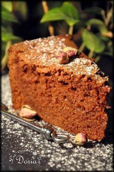 Ce moelleux est une véritable tuerie sur le plan gustatif !!! L'alliance de la crème de marrons et du chocolat est une merveille en bouche ! Ingrédients pour ce moelleux 3 oeufs 100gr de sucre de canne 100gr de farine T55 100gr de beurre 100gr de chocolat...