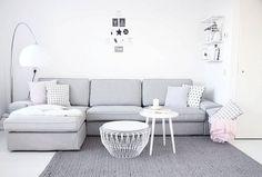 De KIVIK bank thuis bij Anouk Dekker   #IKEABijMijThuis IKEA IKEAnederland wooni... #livingroom #livingroomideas #farmhouselivingroom #modernlivingroom