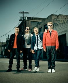 Backstreet Boys Missing Kevin, but still look amazing! Boy Pictures, Boy Photos, Backstreet's Back, Brian Littrell, Nick Carter, Backstreet Boys, 90s Kids, Good Looking Men, Movies Showing