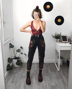 Pants, black, flowers, You are in the right place about edgy outfits for wome Street Style Outfits, Mode Outfits, Retro Outfits, Vintage Outfits, Girl Outfits, Vintage Clothing, Hipster Outfits, Edgy Summer Outfits, Outfits For Concerts
