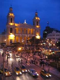 Chiclayo, main city square, Perú. AGRADABLE CIUDAD DEL NORTE DEL PERÚ.