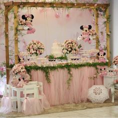 Image may contain: wedding and indoor Minie Mouse Party, Minnie Mouse Theme Party, Minnie Mouse First Birthday, Minnie Mouse Baby Shower, Minnie Mouse Pink, Mickey Party, Baby Birthday, Minnie Princess, Decoration Buffet