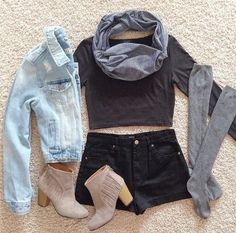Cute transition to fall teen outfit