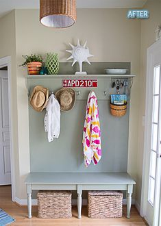 Omg I LOVE this entry it looks like its all one piece but it's a painted wall And a bench and shelf to match much cheaper then a hall tree