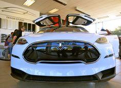 Tesla Model X - Amazing, Yet Problematic Design - Techaeris
