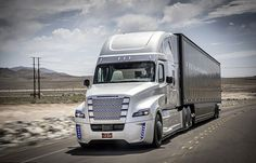Será o fim dos caminhoneiros? Daimler apresenta primeiro caminhão autônomo do mundo - Fotos - R7 Carros