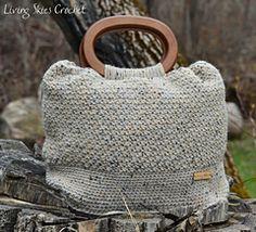 Muriel bag crochet pattern from Living Skies Crochet. #crochet #crochetpattern