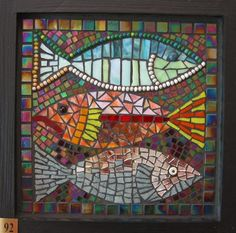 Mosaic Fish Photo: This Photo was uploaded by peeky_boo_icu_photos. Find other Mosaic Fish pictures and photos or upload your own with Photobucket free . Mosaic Tile Art, Mirror Mosaic, Mosaic Crafts, Mosaic Projects, Stained Glass Projects, Mosaic Glass, Glass Art, Sea Glass, Mosaic Designs
