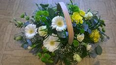 Subtle shades of lemon and white, white germini, lemon roses, green santini